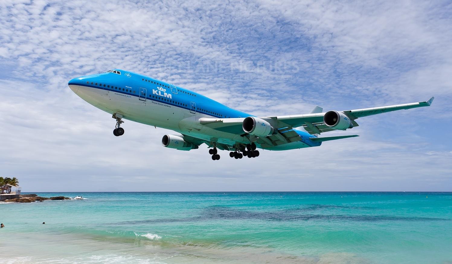 KLM landing strand